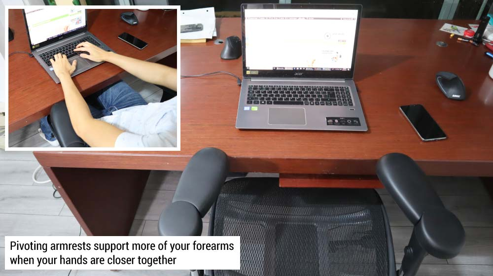 Pivoting Armrests in Ergonomic Chair